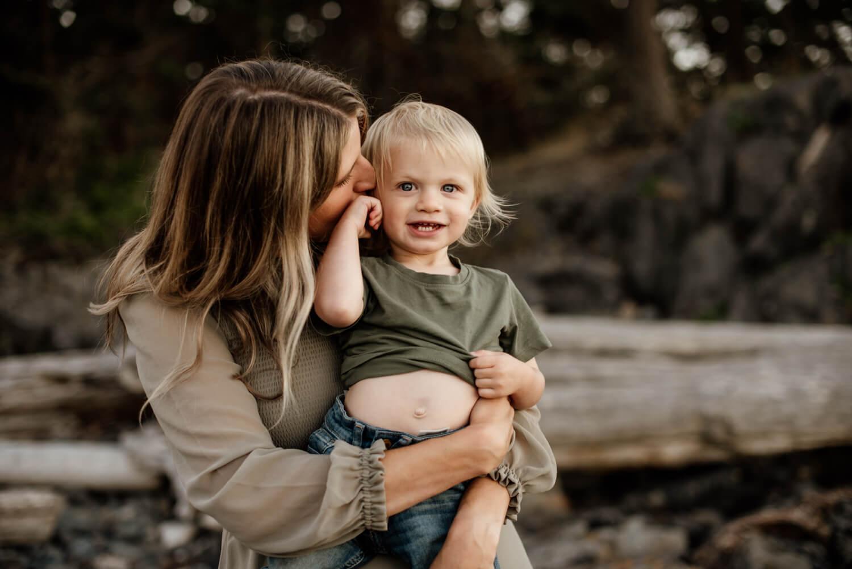 family lifestyle session portrait